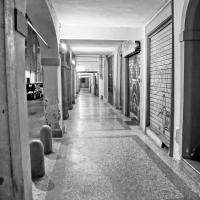 Bologna, Portico di Via Fondazza - Alessandro Siani - Bologna (BO)