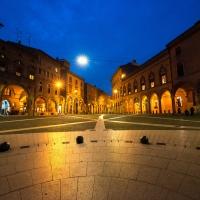 Piazza Santo Stefano ora blu - Wwikiwalter - Bologna (BO)