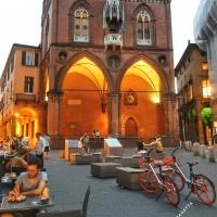 La Piazza della Mercanzia - Maraangelini - Bologna (BO)