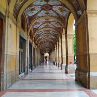 Portici Piazza Cavour - Giuseppe Zurlo - Bologna (BO)