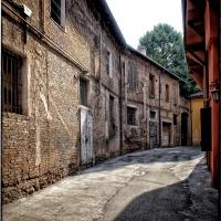 Bologna Spettacolo - vicolo laterale di via Nosadella - Claudio alba - Bologna (BO)