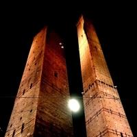 Torri di Bologna di notte - Ale.lep - Bologna (BO)