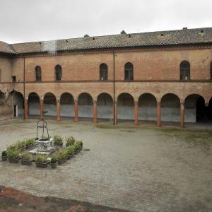 Castello di Bentivoglio - Cortile interno foto di: Massimo Brunelli - Associazione Amici delle vie d'acqua e dei sotterranei di Bologna