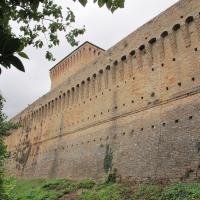 Cesena, rocca malatestiana, mura con vista della torre maestra - Sailko - Cesena (FC)