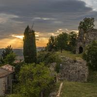 S.Giovanni in Galilea, resti della Rocca Malatestiana, al tramonto - Marco della pasqua - Borghi (FC)