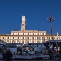Piazza Saffi il giorno di mercato - Marco della pasqua - Forlì (FC)