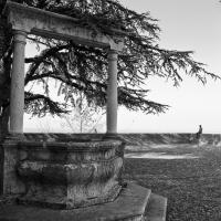 Longiano, nel cortile del Castello Malatestiano - Marco della pasqua - Longiano (FC)