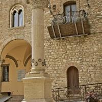La Colonna dell'Ospitalità è il simbolo che caratterizza Bertinoro - Caba2011 - Bertinoro (FC)