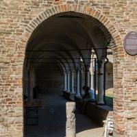 Entrata dei portici del Chiostro - Soniatiger - Cesena (FC)