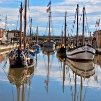 Tipiche imbarcazioni storiche dell'adriatico in porto - Caba2011 - Cesenatico (FC)
