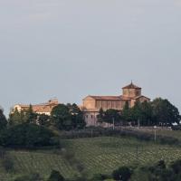 Panoramica sulla Basilica del Monte lato fronte - Boschetti Marco 65 - Cesena (FC)