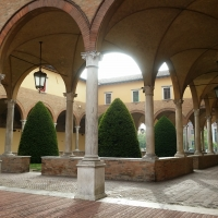 Particolare del chiostro della Basilica di San Mercuriale - Chiari86 - Forlì (FC)