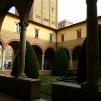 Chiostro esterno Basilica San Mercuriale - Chiari86 - Forlì (FC)