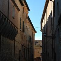 Via sassi e in fondo...corso garibaldi - Chiari86 - Forlì (FC)
