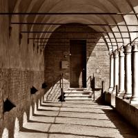 """Chiostro di San Francesco """"geometria vintage"""" - Luca Spinelli Cesena - Cesena (FC)"""