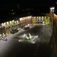 Piazza del popolo di notte - Manu 58 - Cesena (FC)
