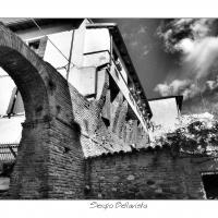 Arco di piazza Castello e antiche mura del castello - Sergio bellavista - Savignano sul Rubicone (FC)