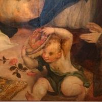Pier paolo menzocchi, madonna del rosario, 1585 ca., da s. giacomo in s. domenico a forlì 08 putto con rose - Sailko - Forlì (FC)