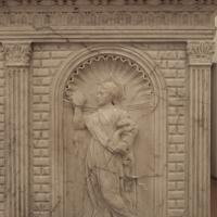 Antonio rossellino, sarcofago del beato marcolino amanni, 1458, da s. giacomo in s. domenico a forlì, virtù, prudenza 01 - Sailko - Forlì (FC)