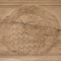 Antonio rossellino, sarcofago del beato marcolino amanni, 1458, da s. giacomo in s. domenico a forlì, 17 stemma rucellai - Sailko - Forlì (FC)