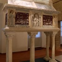Sarcofago del beato giacomo salomoni, 1340 ca., da s. giacomo apostolo in san domenico, 02 - Sailko - Forlì (FC)