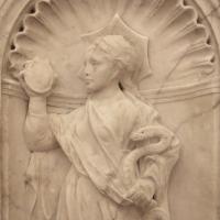 Antonio rossellino, sarcofago del beato marcolino amanni, 1458, da s. giacomo in s. domenico a forlì, virtù, prudenza 02 - Sailko - Forlì (FC)