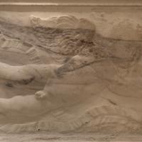 Antonio rossellino, sarcofago del beato marcolino amanni, 1458, da s. giacomo in s. domenico a forlì, 16 - Sailko - Forlì (FC)