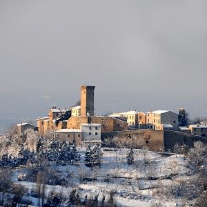 Castello di Teodorano - Borgo di Teodorano con neve foto di: Milandri Ruggero - Comune di Meldola