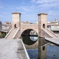 Trepponti allo specchio - Vanni Lazzari - Comacchio (FE)
