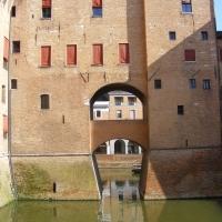 Vista laterale del fossato - Davide Piazza - Ferrara (FE)