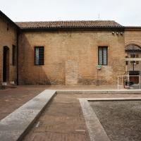Palazzo Costabili detto di Ludovico il Moro - Cortile d'onore, l'ingresso - Andrea Comisi - Ferrara (FE)