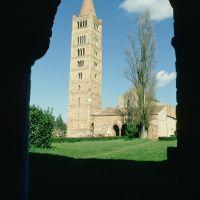 Abbazia di Pomposa. Il campanile visto dal Palazzo della Ragione - Samaritani - Codigoro (FE)