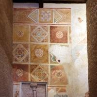 Scuola riminese, affreschi geometrici con bustini di santi, 1350-1400 ca. , 07 - Sailko - Codigoro (FE)