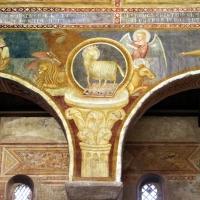 Scuola bolognese, ciclo dell'abbazia di pomposa, 1350 ca., apocalisse, 04 agnello tra il tertamorfo 1 - Sailko - Codigoro (FE)
