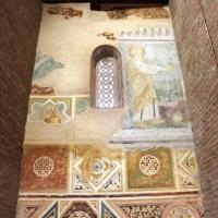Scuola riminese, affreschi geometrici con bustini di santi, 1350-1400 ca. , affioramenti dell'XI secolo 01 - Sailko - Codigoro (FE)