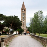 Pomposa, campanile del 1063, 01 - Sailko - Codigoro (FE)