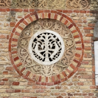 Pomposa, abbazia, atrio di mazulo del 1000-1050 ca., decori in cotto e in marmo 03 - Sailko - Codigoro (FE)