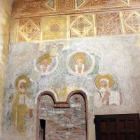 Pomposa, abbazia, interno, profeti e pontefici dell'XI secolo sotto gli affreschi trecenteschi 01 - Sailko - Codigoro (FE)