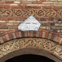 Pomposa, abbazia, atrio di mazulo del 1000-1050 ca., decori in cotto e in marmo 08 - Sailko - Codigoro (FE)