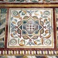 Pomposa, abbazia, refettorio, affreschi giotteschi riminesi del 1316-20, ornati 04 - Sailko - Codigoro (FE)