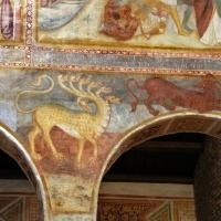 Scuola bolognese, ciclo dell'abbazia di pomposa, 1350 ca., apocalisse, 12 bestia dalle 7 teste 1 - Sailko - Codigoro (FE)