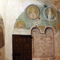 Pomposa, abbazia, interno, profeti e pontefici dell'XI secolo sotto gli affreschi trecenteschi 02 - Sailko - Codigoro (FE)
