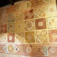Scuola riminese, affreschi geometrici con bustini di santi, 1350-1400 ca. , 06 - Sailko - Codigoro (FE)