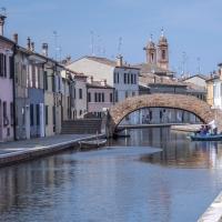 - Ponte San Pietro - - Vanni Lazzari - Comacchio (FE)