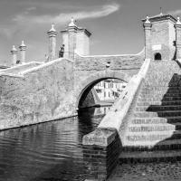 Ragazzo che pesca - Trepponti - Vanni Lazzari - Comacchio (FE)