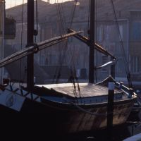 canale con barca a vela - zappaterra - Comacchio (FE)