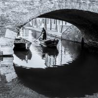 Sotto il Ponte degli Sbirri di Comacchio - Vanni Lazzari - Comacchio (FE)