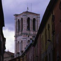 via Mazzini con campanile della cattedrale - zappaterra - Ferrara (FE)
