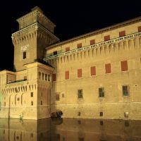 Castello Estense. Veduta notturna - Baraldi - Ferrara (FE)