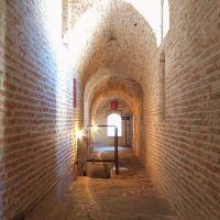 Castello Estense. Corridoio con ingresso prigioni - baraldi - Ferrara (FE)